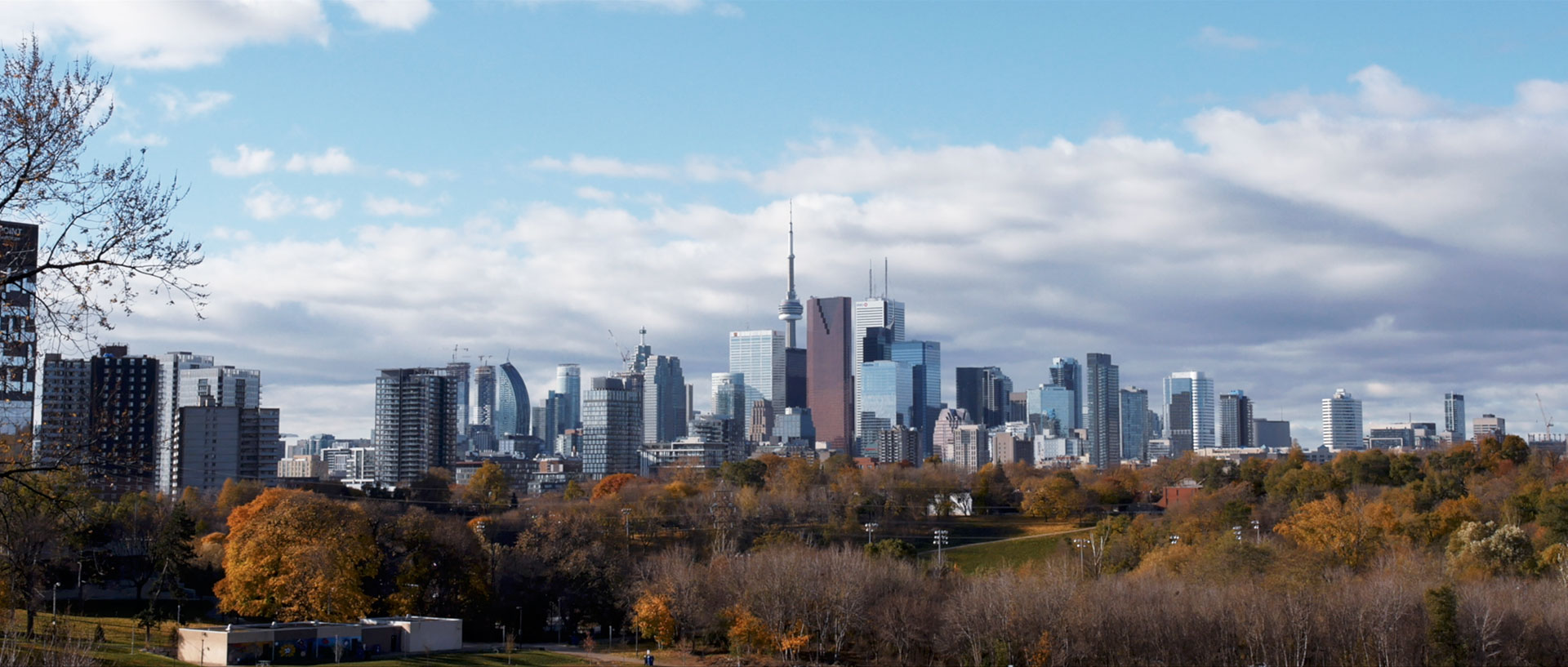 Toronto Wedding Videographer Kismet Creative Toronto Skyline
