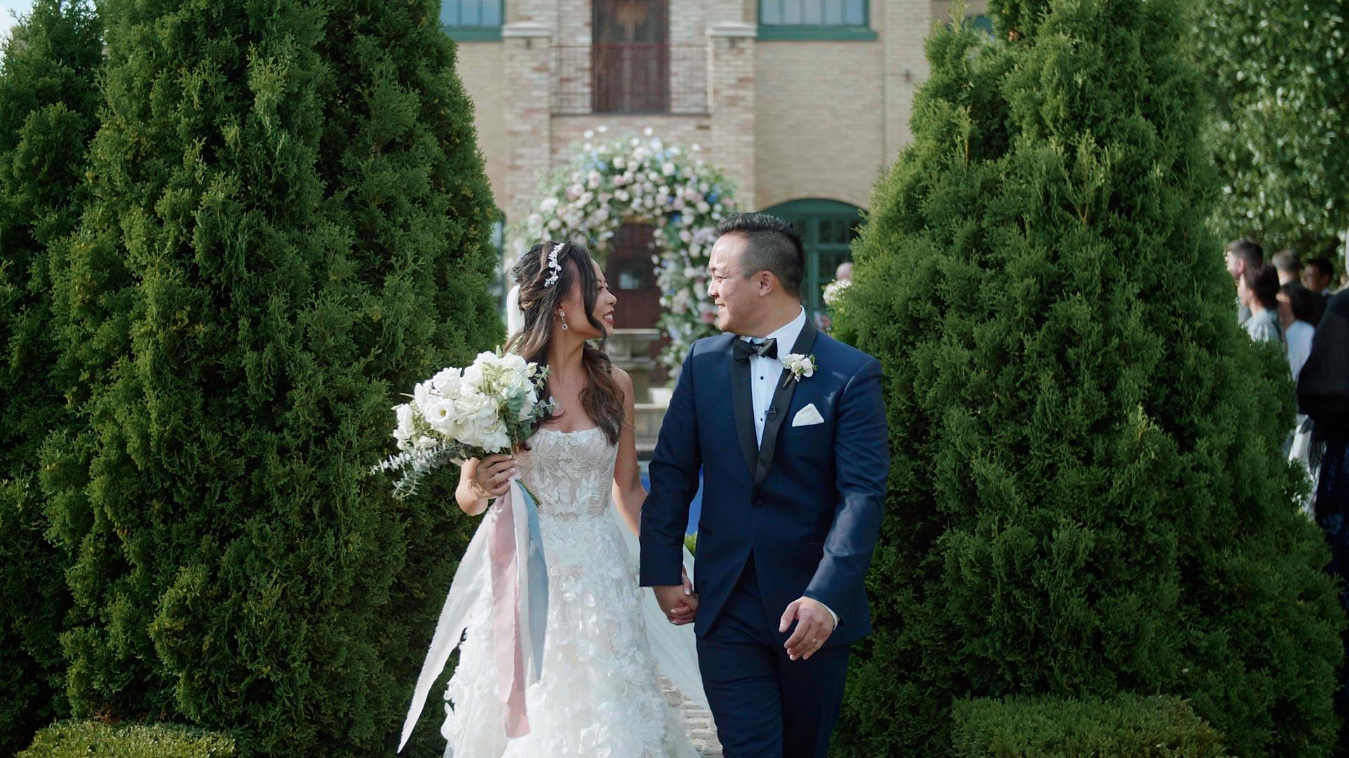 bride and groom at their hacienda sarria wedding by Toronto wedding videographer kismet creative