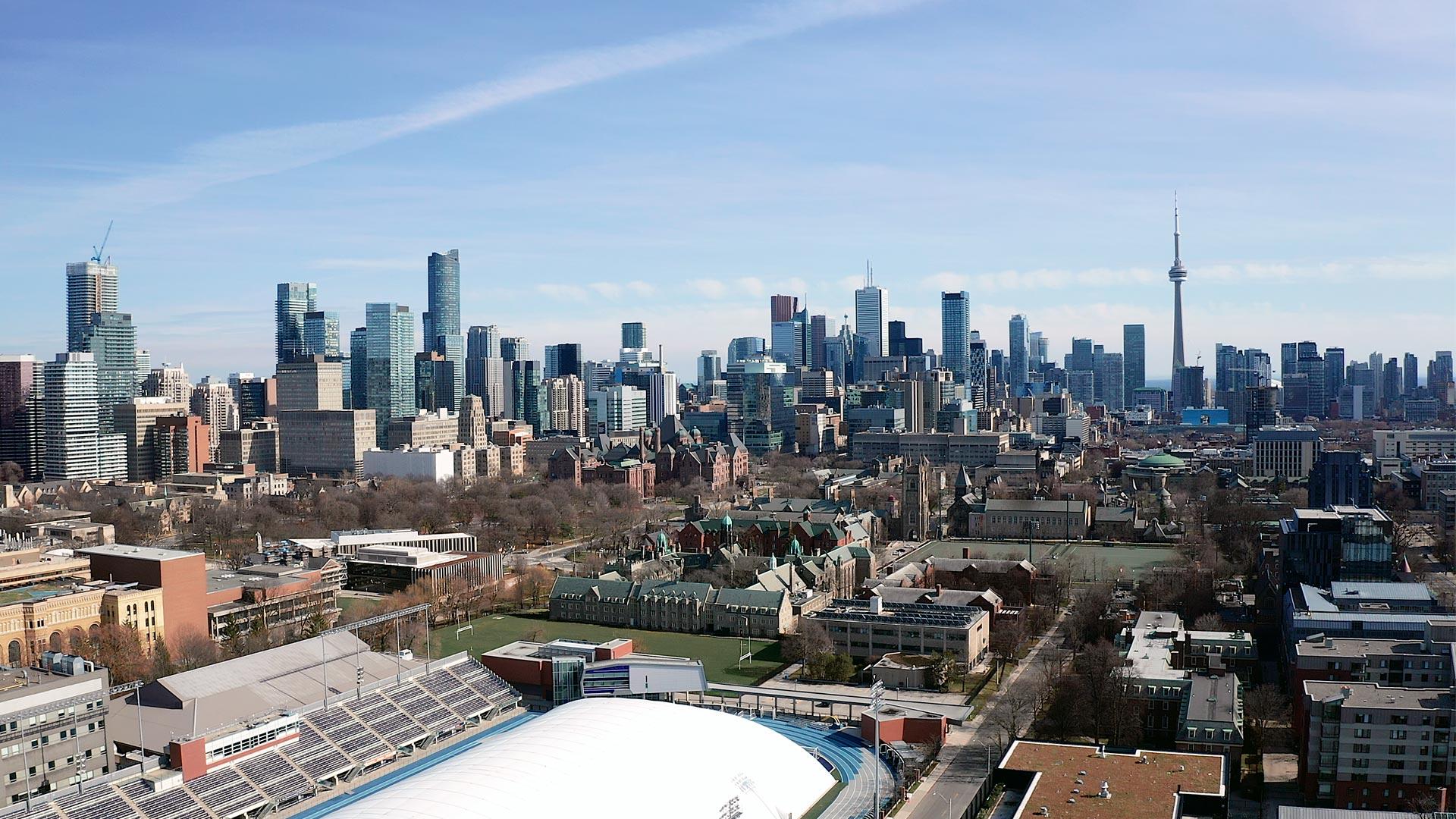 toronto skyline on a sunny day by Toronto wedding videographer kismet creative