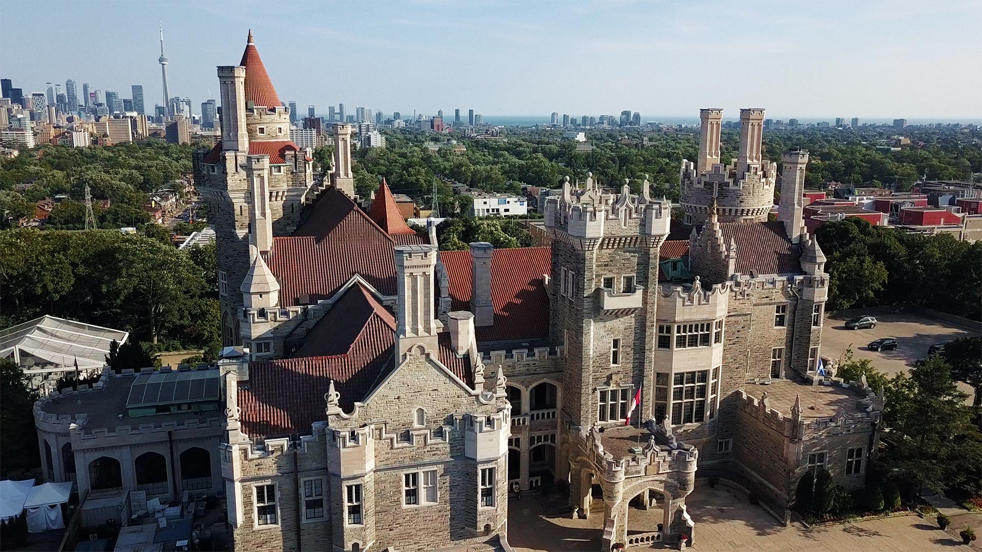 aerial photo of casa loma toronto